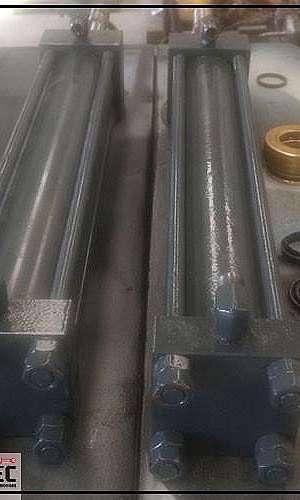 Cilindro de dupla ação hidráulico
