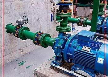 Conserto de bomba de água